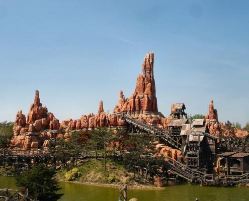 Video's attracties Disneyland Parijs