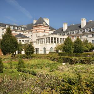 Vienna House Dream Castle